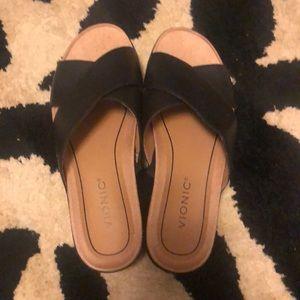 Vionic Shoes - Vionic Hayden slide